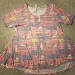 LulaRoe Perfect Tee - red printed. Size large.